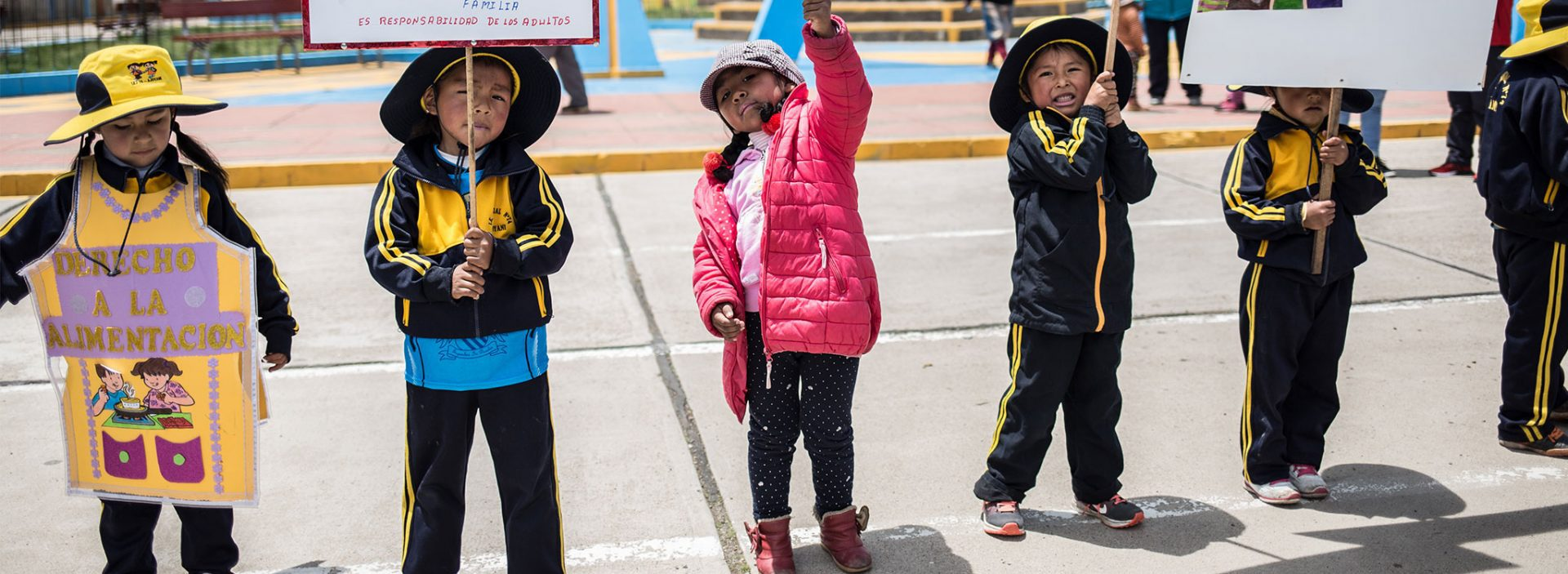 Children protesting in Peru