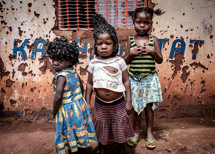 Children standing together in the Democratic Republic of Congo