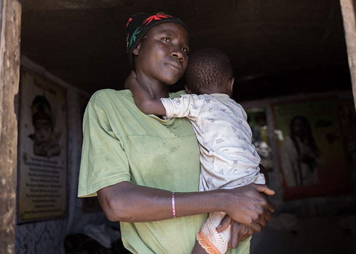 Elizabeth and her daughter Evelyn in Isiolo, Kenya. They received support from Action Against Hunger.