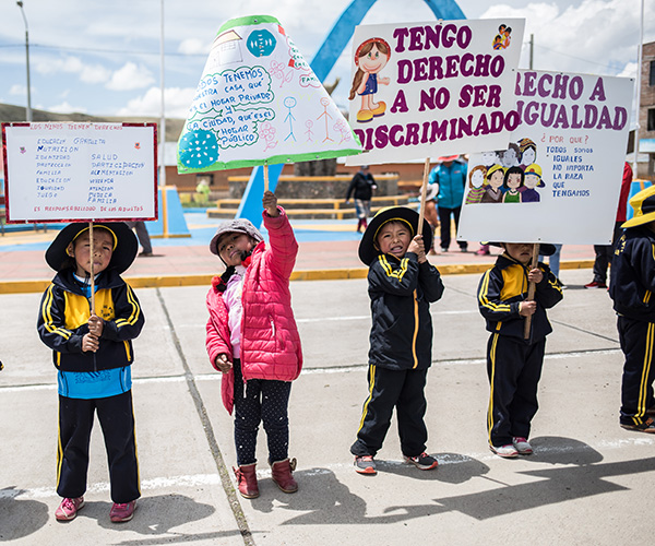 Children campaign for change in Peru.