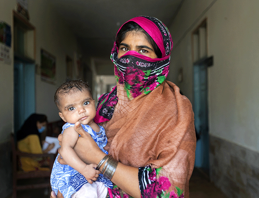 Kausar Parveen brought her 6 month old daughter, Zainab Fatima, for her follow-up to an Action Against Hunger supported outpatient centre in Pakistan