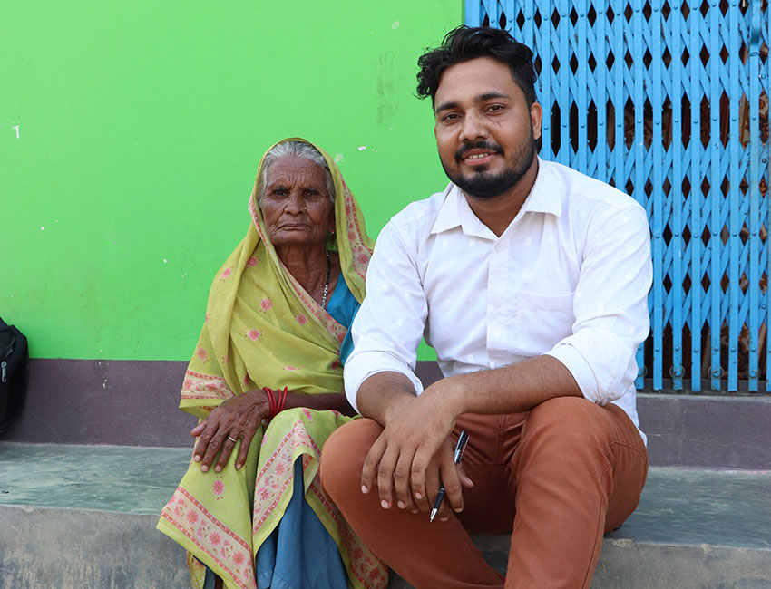Amar and Fekhana, Action Against Hunger staff member and volunteer fighting hunger in Nepal.